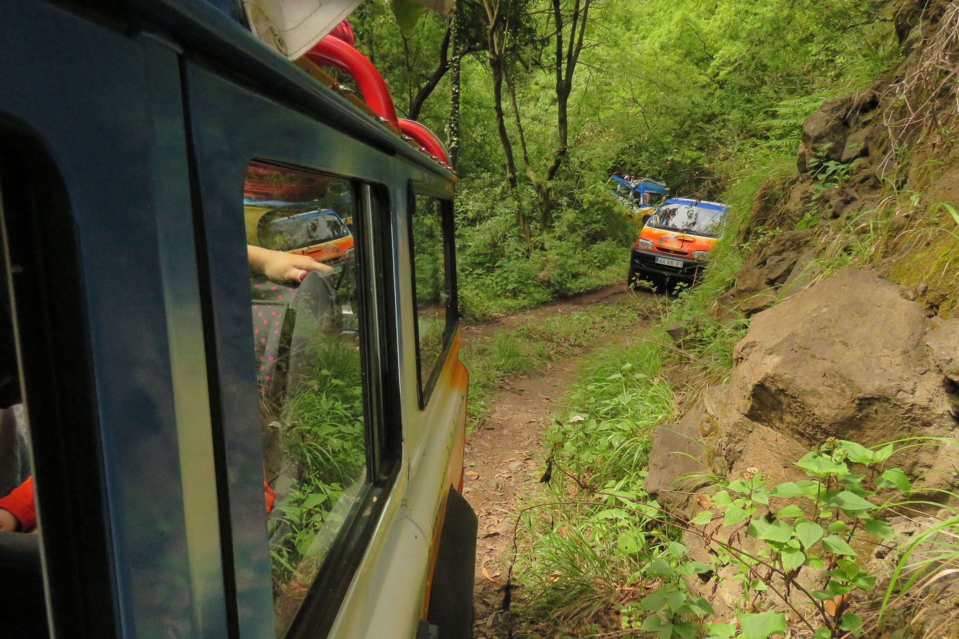 4x4 Jeep Safari Nuns & Valleys – Curral das Freiras - Pico Areeiro