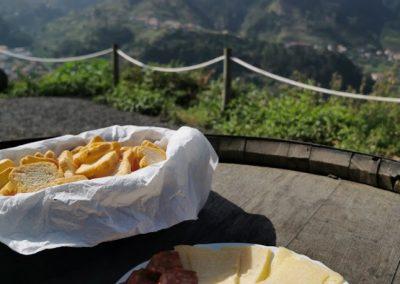 Excursão Vinho Madeira com Almoço Vinícola 8