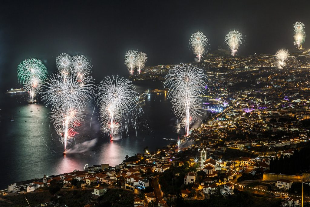 Véspera de Ano Novo na nau Santa Maria