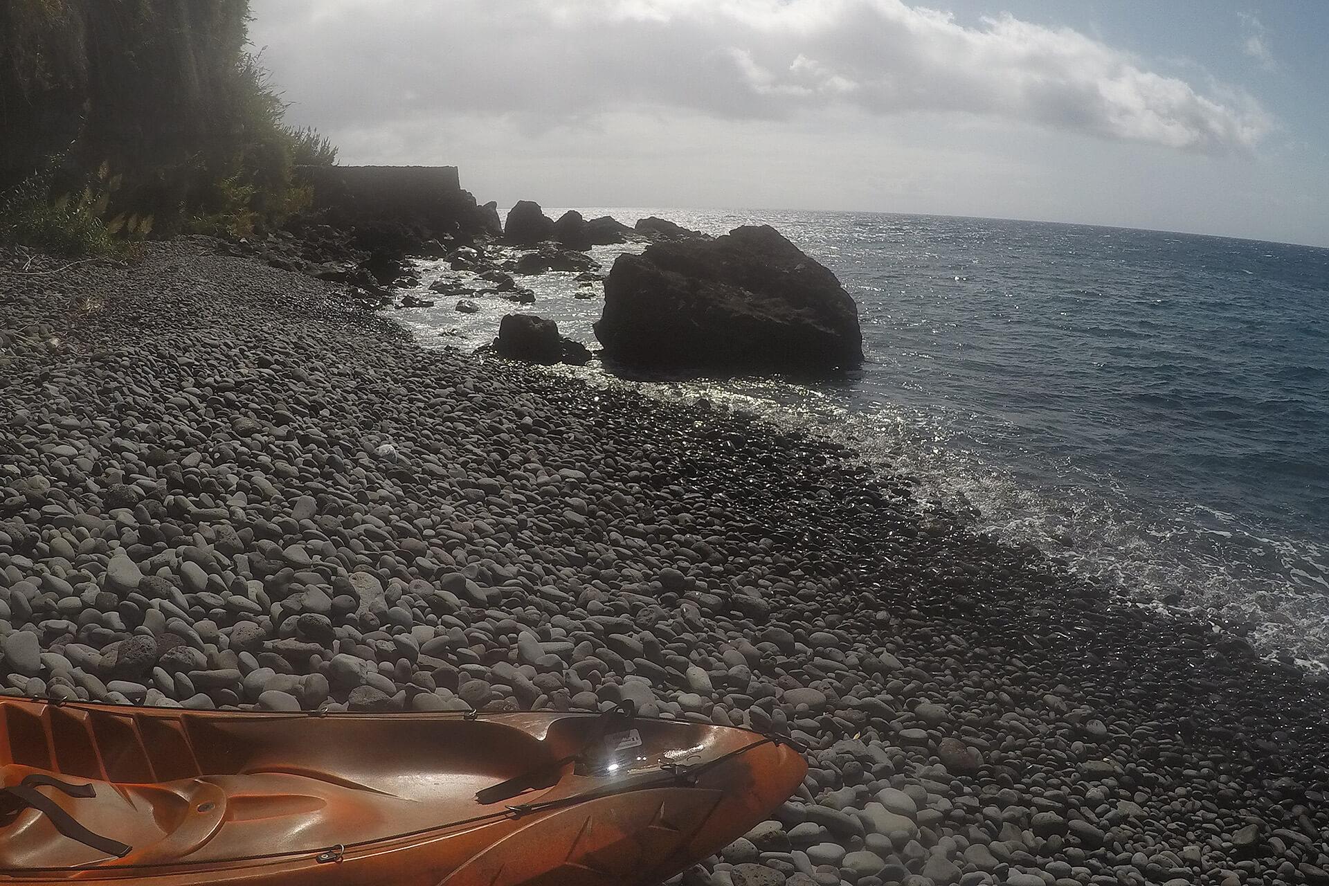 Kayak to Câmara de Lobos